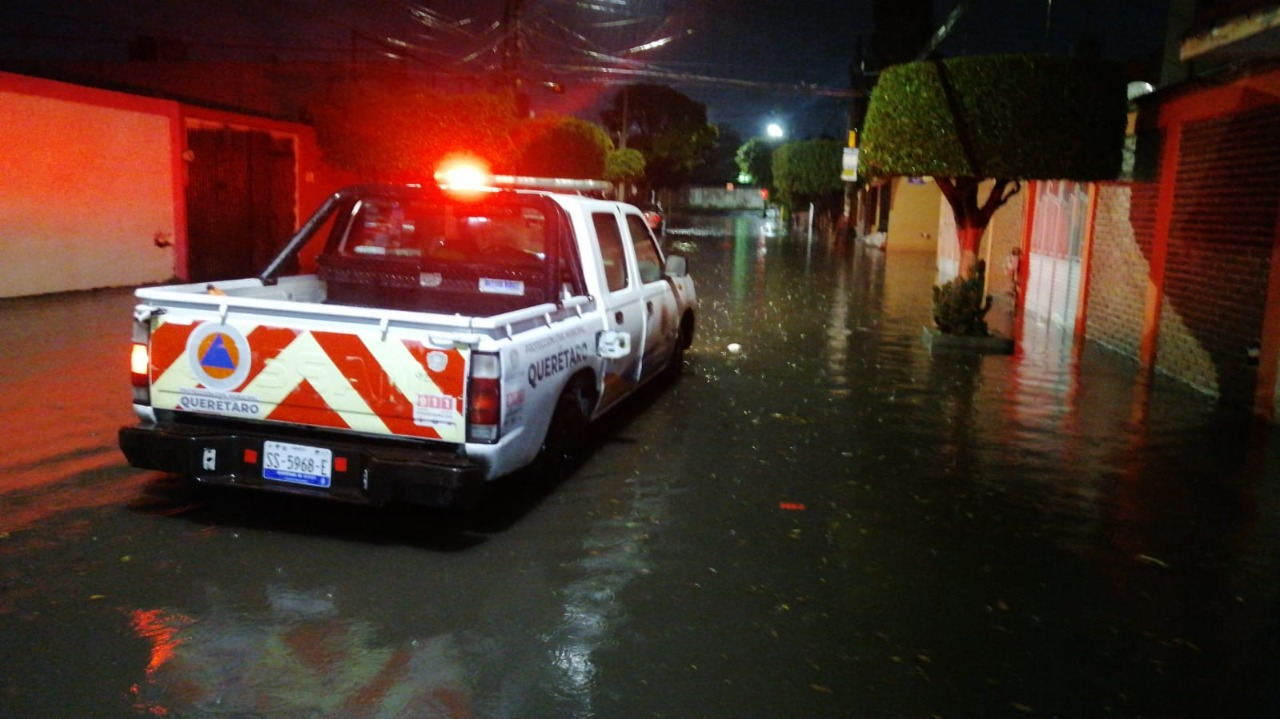 Ayuntamiento de Querétaro atiende afectaciones por lluvias