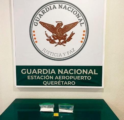 Guardia Nacional decomisa cocaína y Hachís en el Aeropuerto de Querétaro