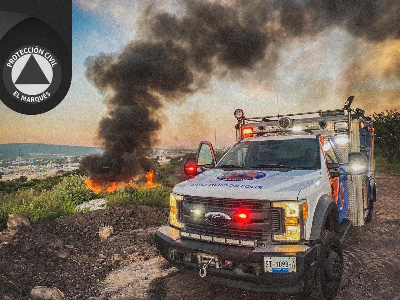 Atienden incendio de llantas en la México – Querétaro