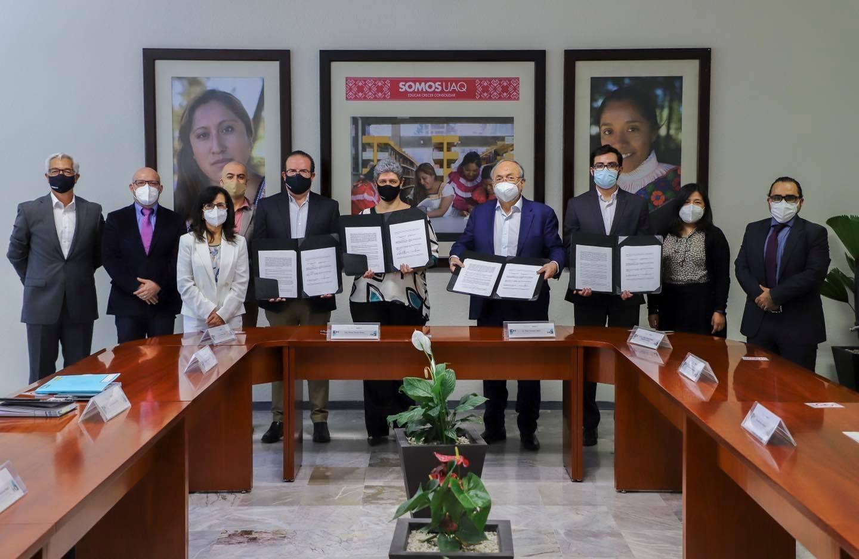 Firma UAQ con Neolpharma y Alpharma para desarrollar vacuna anti SARS-CoV-2