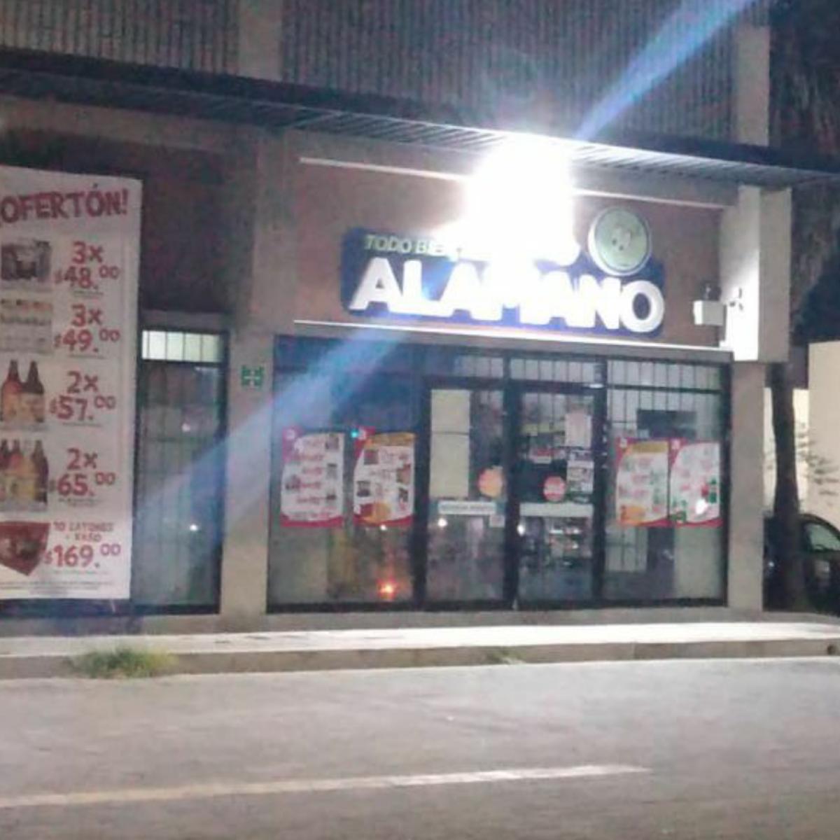 Violento robo a tienda de conveniencia en la Sergio Villaseñor