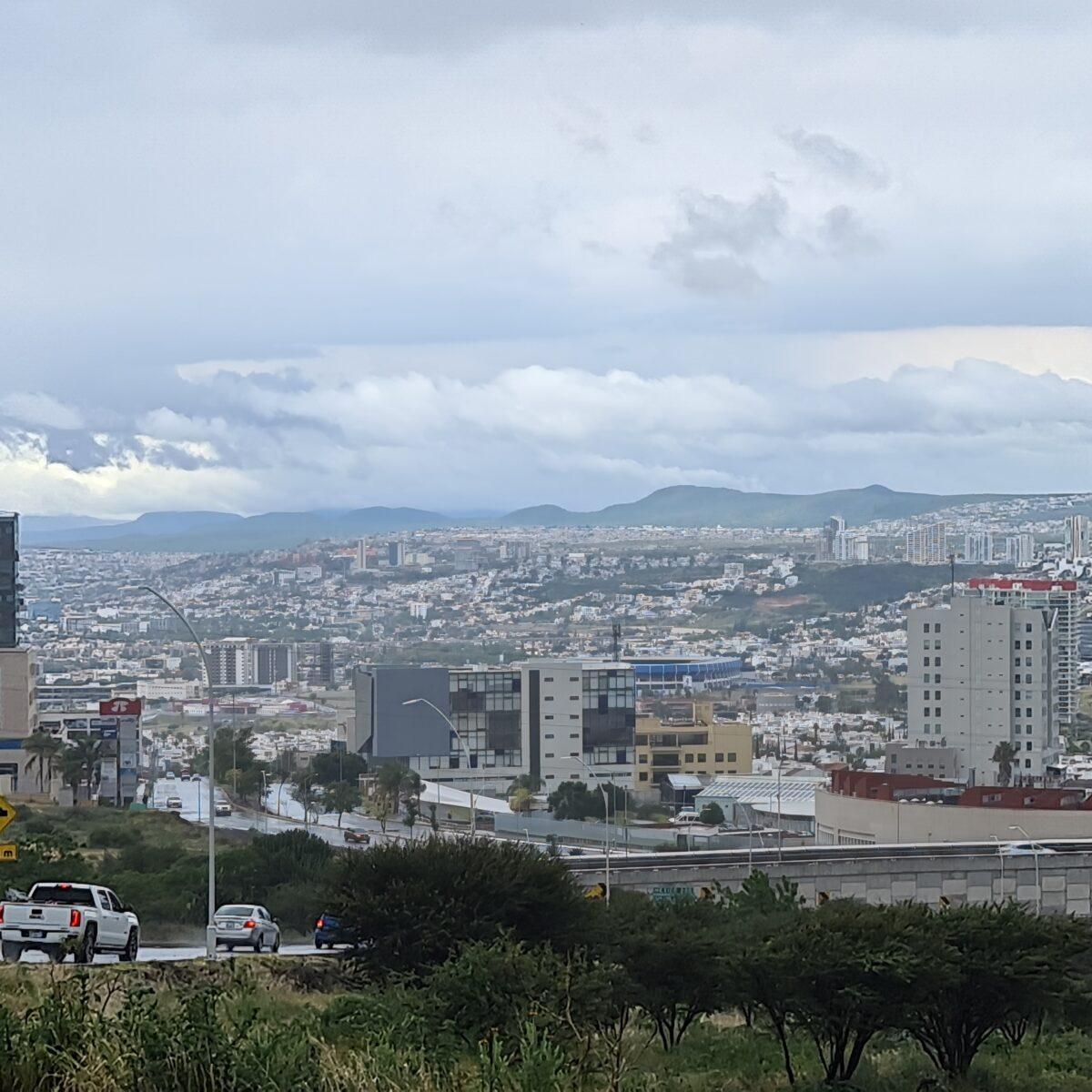"""Tormenta tropical """"Grace"""" genera lluvias en Querétaro"""