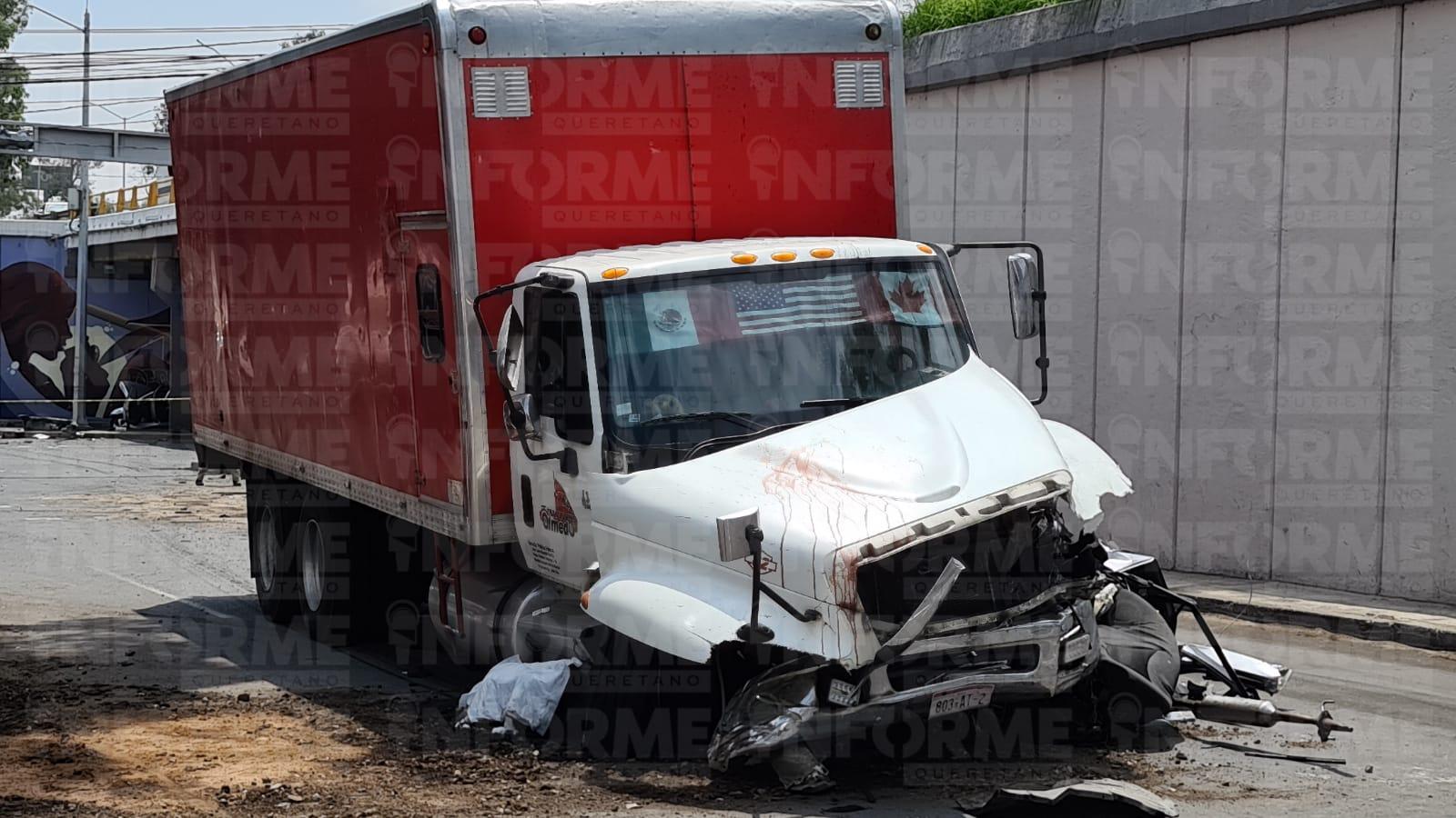 Dos muertos en fatal choque en la lateral de la México Querétaro y Av Cimatario