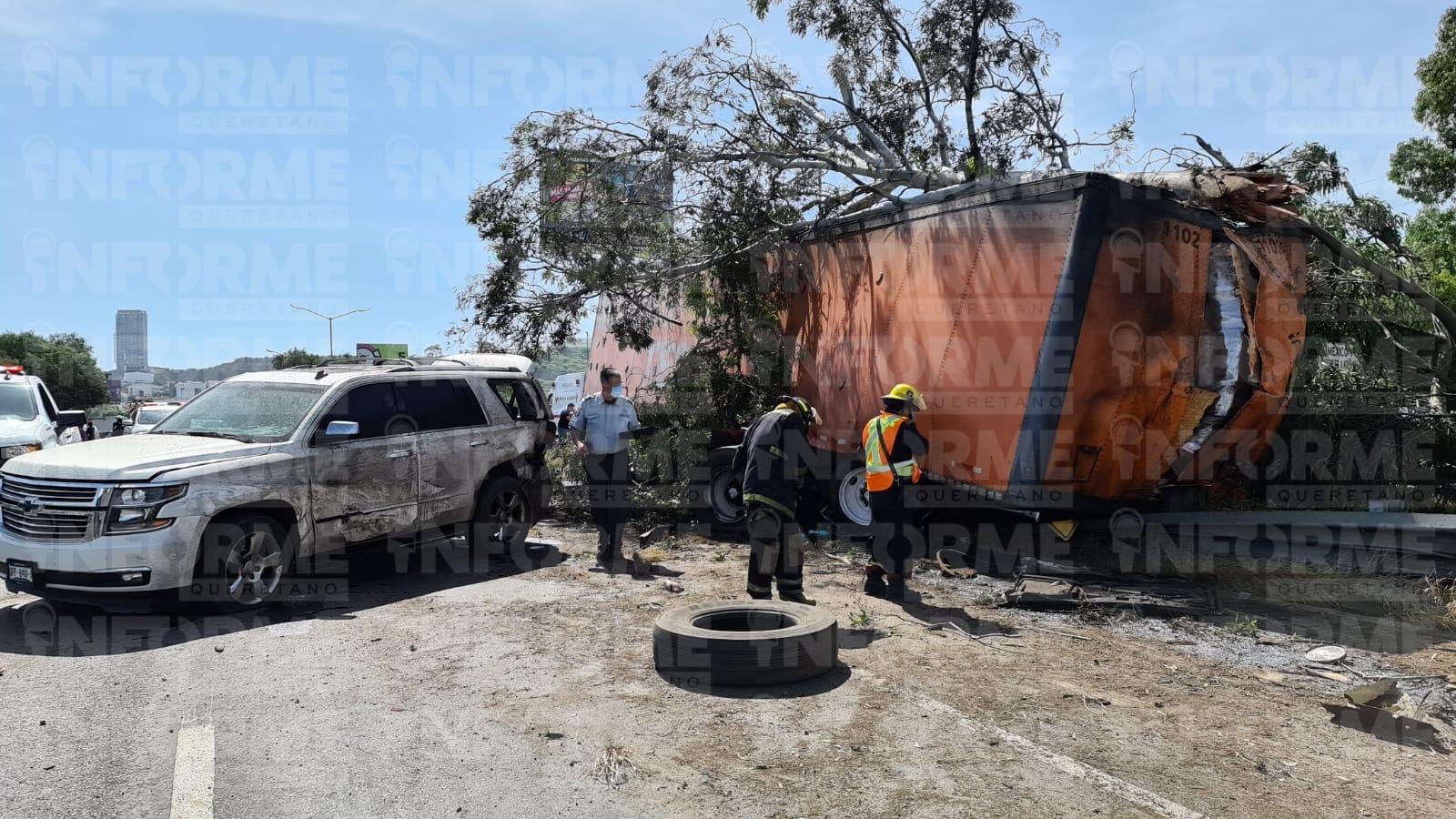 PC municipal ha colaborado en cuatro accidentes con camiones de carga involucrados en la 57