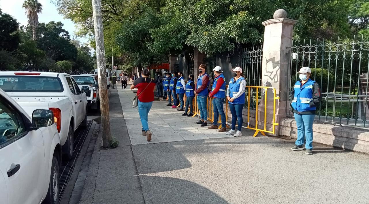 Continúan acciones para inhibir comercio ambulante en Centro Histórico