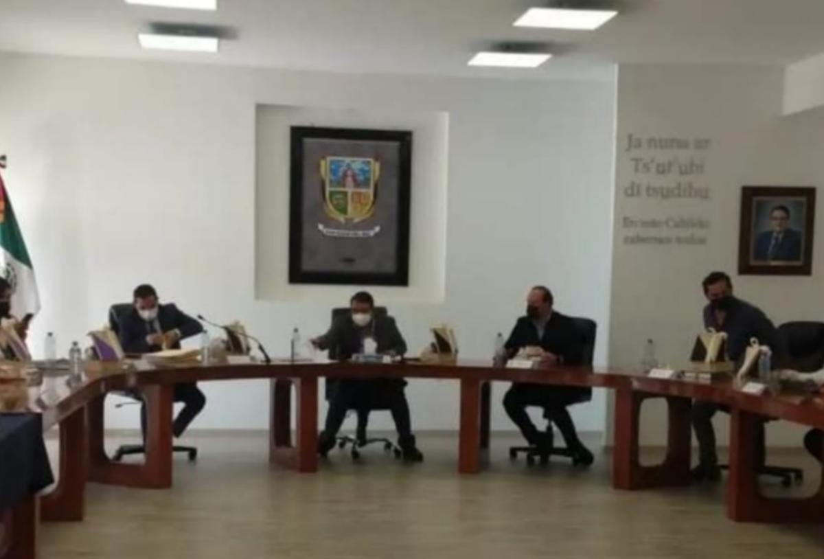 Solicita Memo Vega licencia definitiva como alcalde de SJR