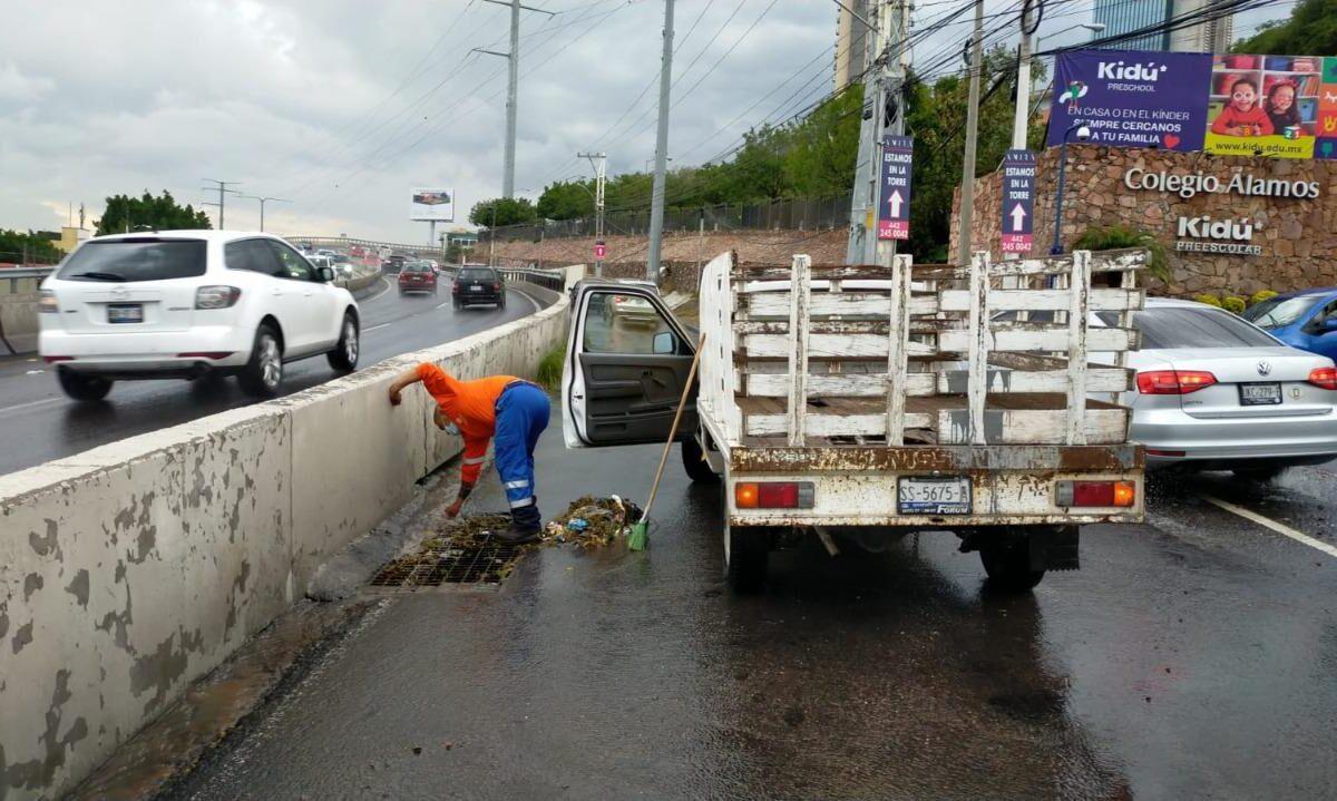 Municipio retira 5.1 toneladas de basura de rejillas y alcantarillas de la ciudad