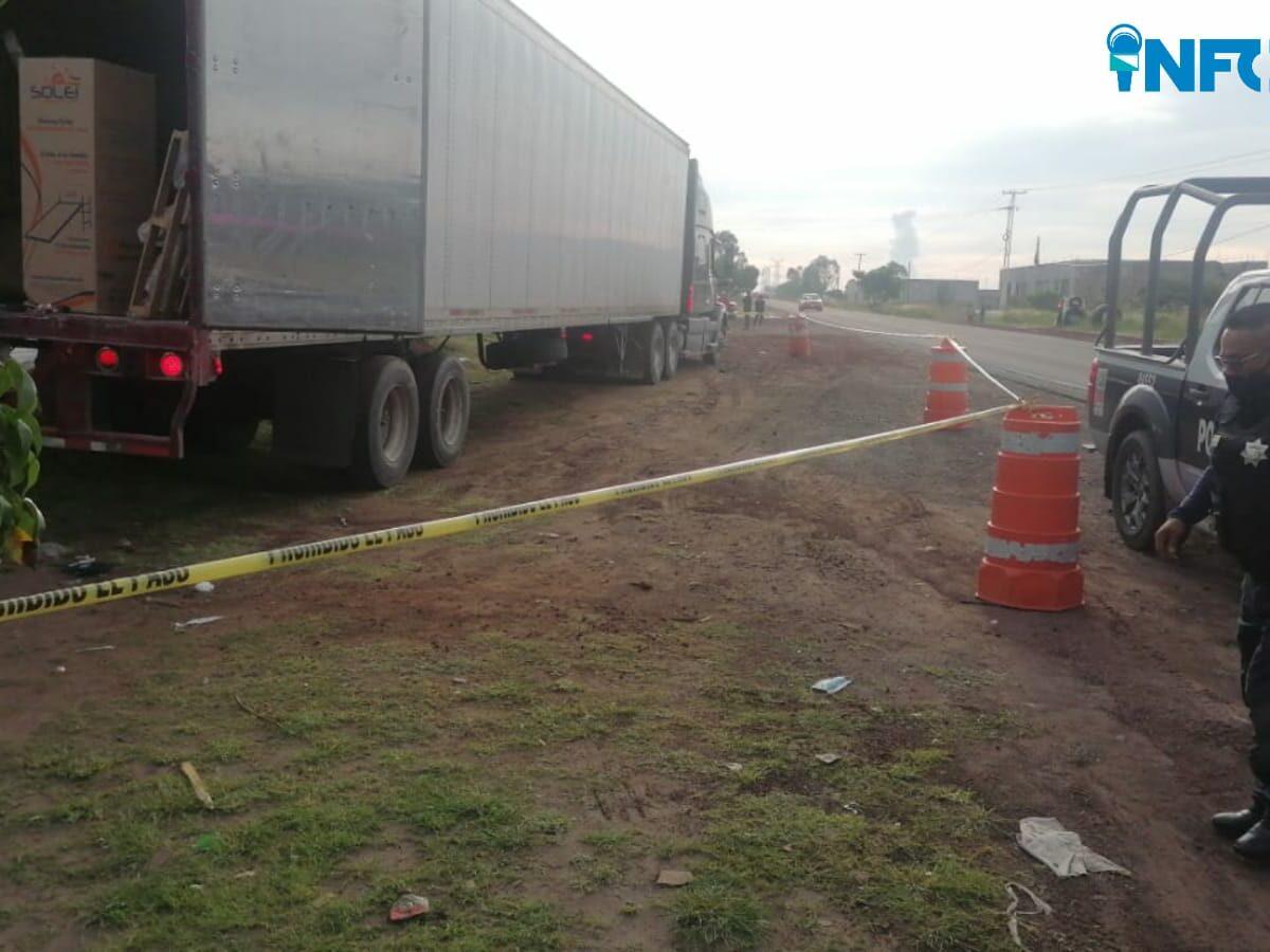 Dos detenidos y un tráiler recuperado en la carretera 400 en Huimilpan