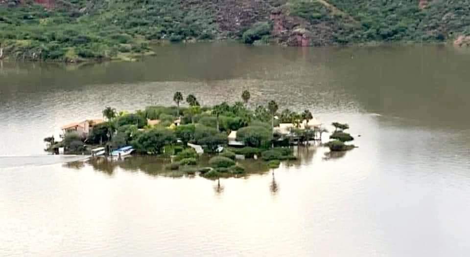 Isla de Tzinbanzà  bajo el agua