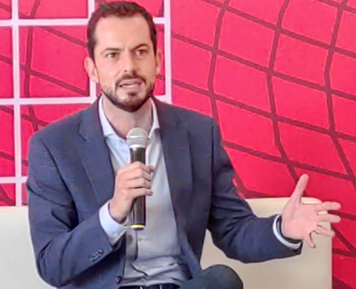 Proyecto de presupuesto federal no beneficia a las familias mexicanas: Paul Ospital