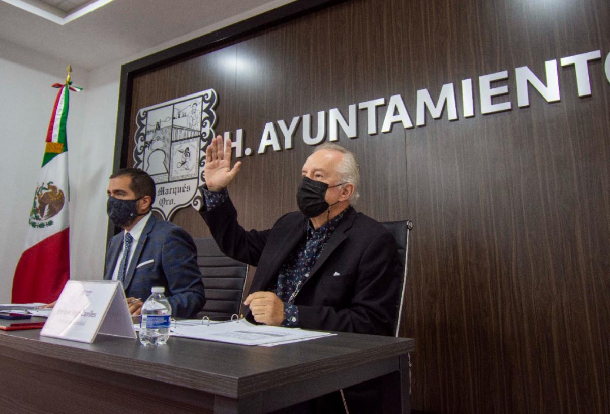 Enrique Vega toma protesta a titulares del Ayuntamiento, Servicios Públicos, COPLADEM y SMDIF