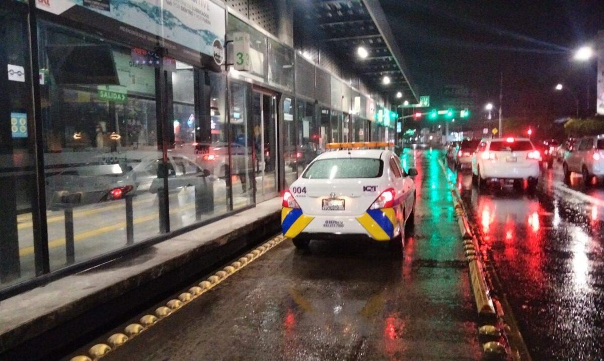 IQT coordina operativo para trasladar a usuarios durante las lluvias