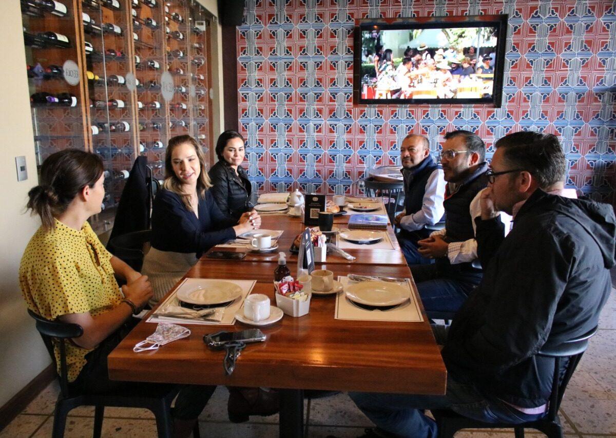 Se reúne titular de la Secretaría de Turismo con empresarios del sector en Tequisquiapan